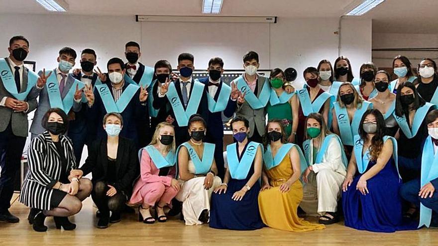 Graduación de 2º de Bachillerato en el instituto de Puebla de Sanabria