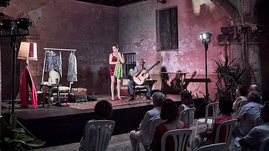 Eduardo Mendoza, un retorno al teatro en forma de monólogo
