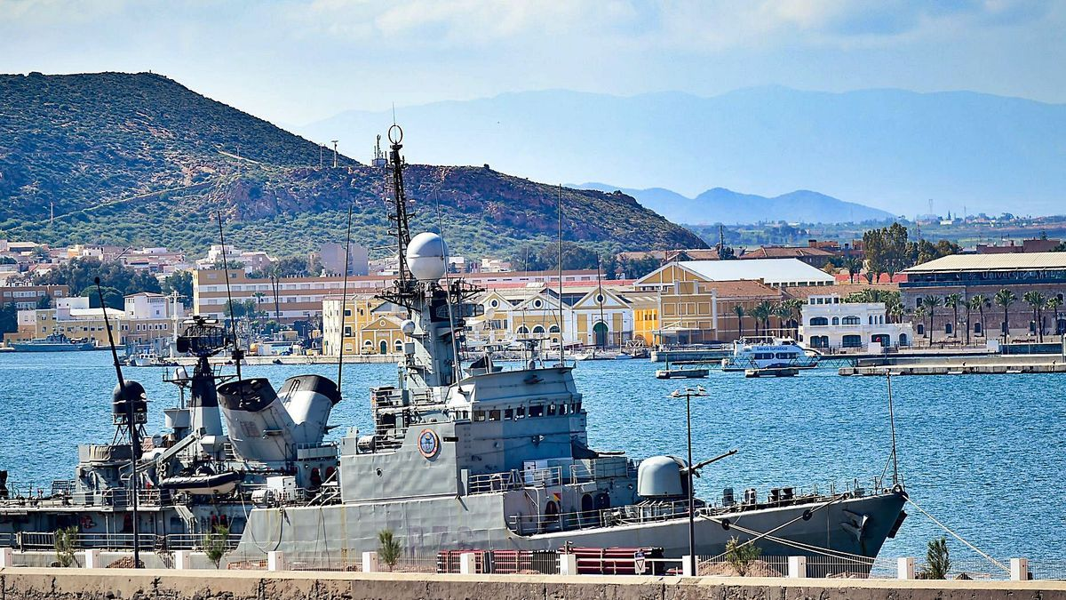 El patrullero de altura Infanta Cristina tras la primera jornada del ejercicio de ciberseguridad.
