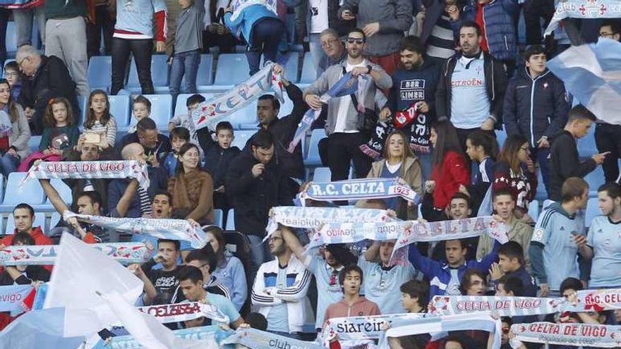 Las peñas celebran que el club no se venda