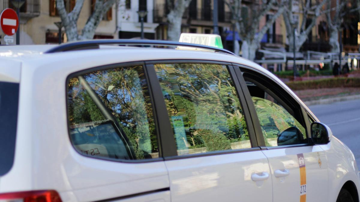 """Autónomos del Taxi pronostican """"el peor invierno de los últimos 20 años"""""""