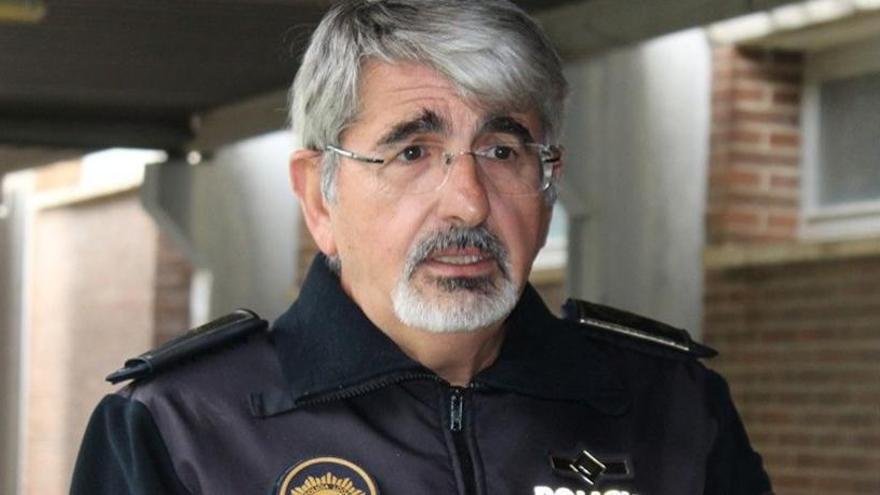 La Policía de Novelda detiene a tres personas por saltarse el confinamiento