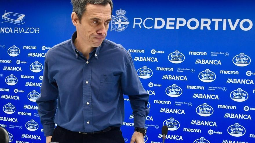 El Dépor rescinde el contrato de Carmelo del Pozo