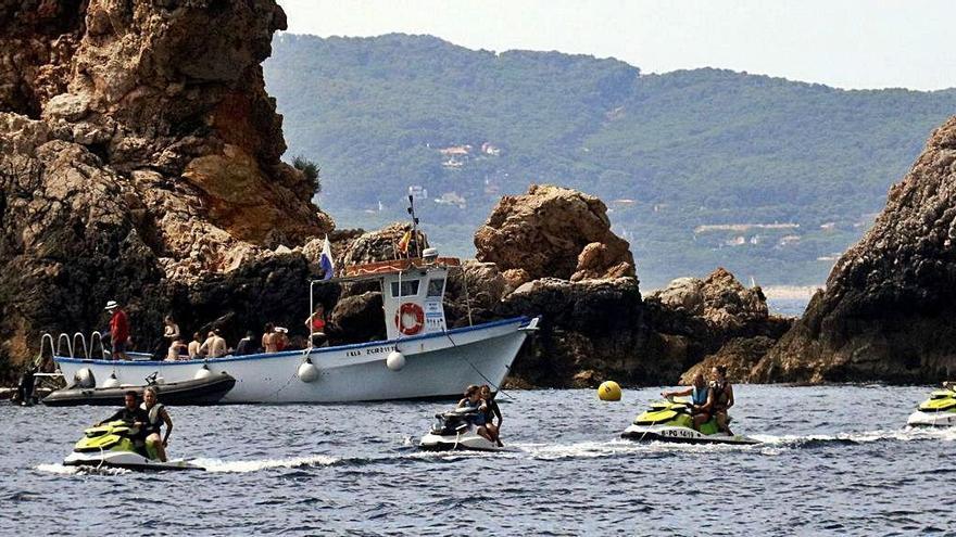 Mossos i Rurals es coordinen per patrullar el litoral gironí