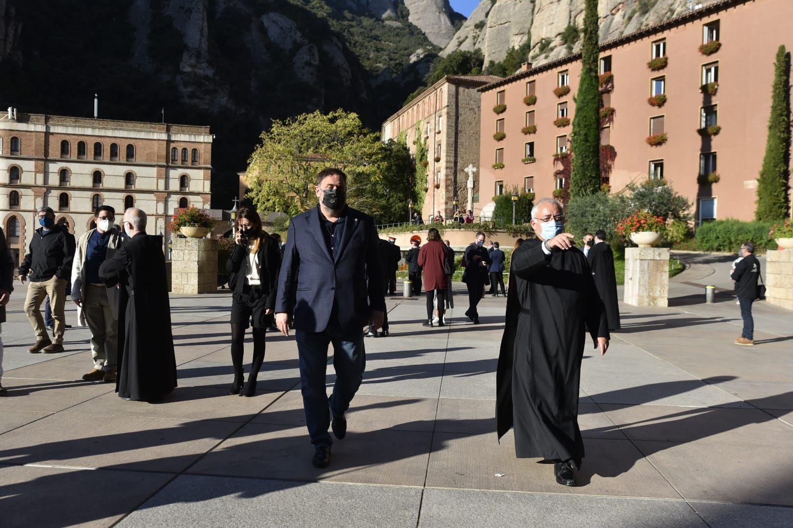 Arribada d'autoritats a Montserrat