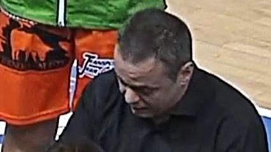 """Fran García, entrenador del Quesos el Pastor: """"Esta victoria nos tiene que dar alas"""""""
