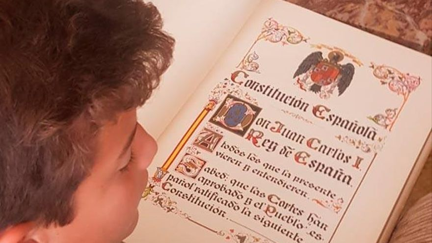 Constitución, violencia y función de la Corona