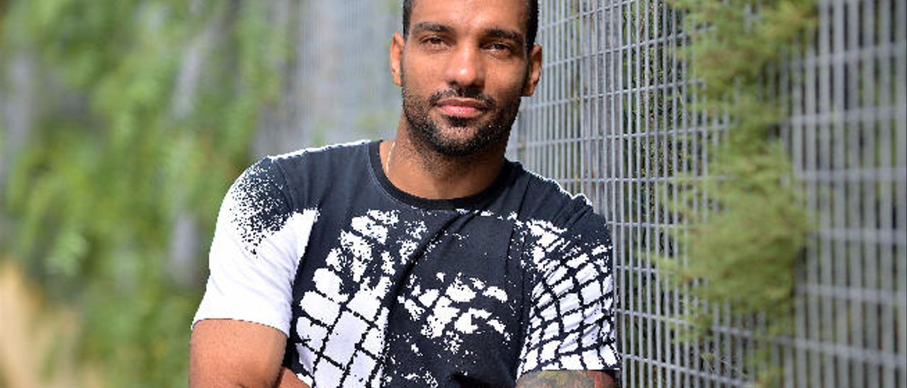 El lateral brasileño Míchel Macedo Rocha Machado.