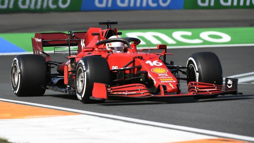 Leclerc y Sainz comienzan mandando en el GP de los Países Bajos
