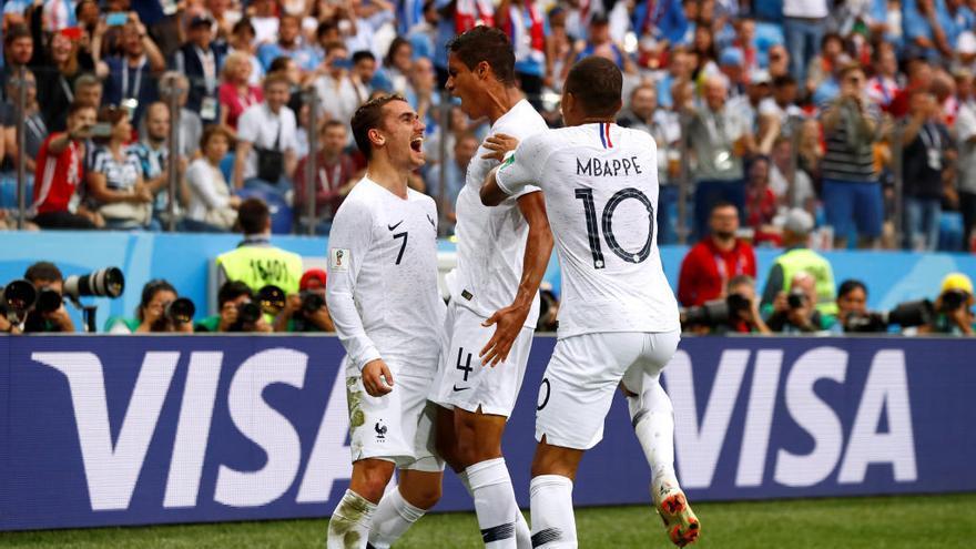 França no brilla però derrota Uruguai i ja és a semifinals