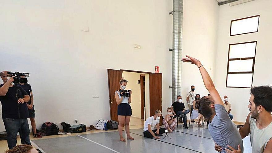 Asun Noales prepara en L'Escorxador  su nueva obra, «La Mort i la Donzella»