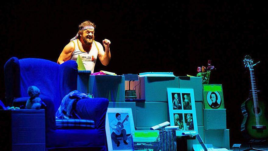 La compañía Bandullo Azul presenta su tercer espectáculo en A Estrada