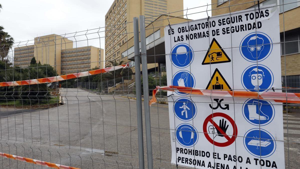 Sanidad licita las obras para retirar el amianto del pabellón central de la antigua Fe