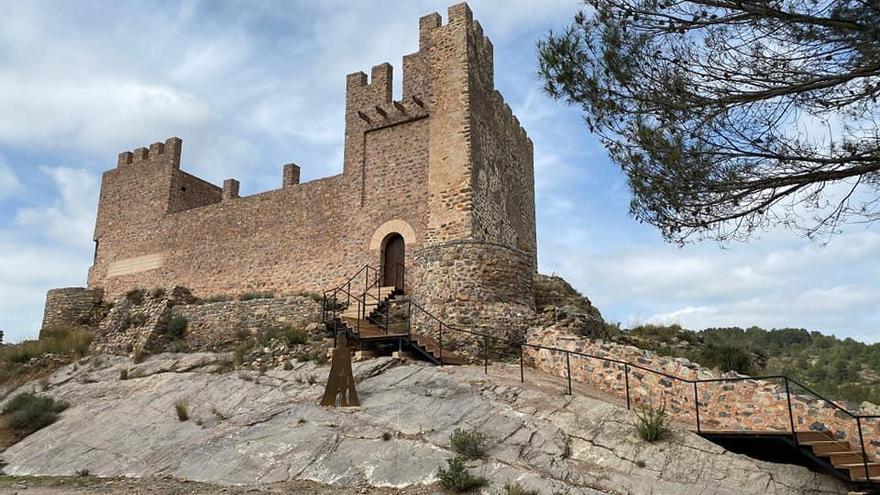 Gaibiel finaliza las obras en el entorno del castillo