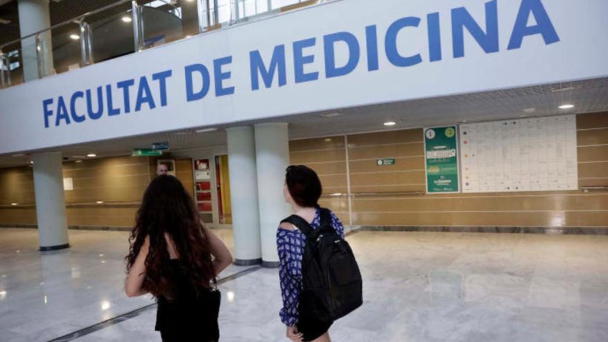 La UIB suspende temporalmente las prácticas clínicas por el coronavirus