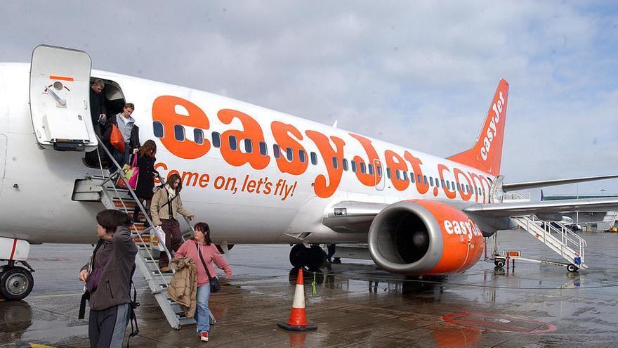 """Muere una pasajera en un vuelo de Londres a España por una infección: """"Se desplomó en el asiento"""""""