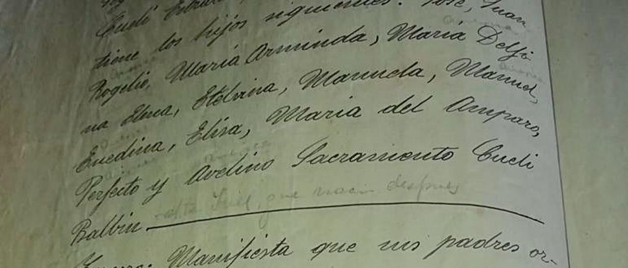 Testamento de Adela Balbín, pidiendo a sus hijos la construcción de la capilla. |  VICENTE ALONSO