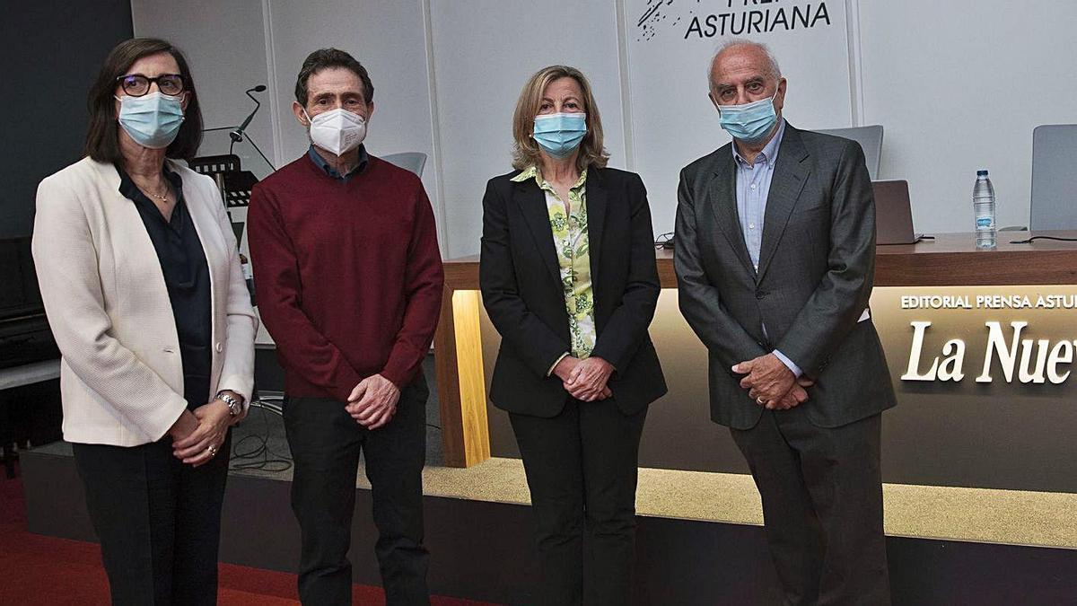 De izquierda a derecha, Nieves Roqueñí, Valentín Rodríguez, Cristina Martínez y Pere Casan. | Miki López