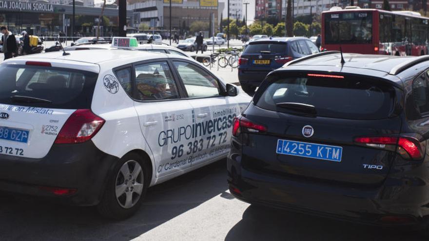 La Audiencia Nacional da la razón a Fomento y los taxistas frente a las VTC