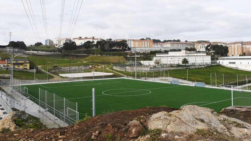 El Concello ofrece otro acuerdo a la federación para abrir los campos de fútbol de Visma
