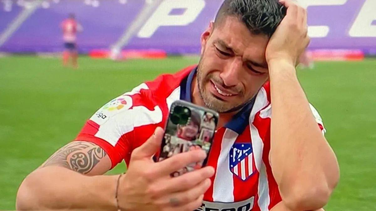 Lis Suárez, entre lágrima.