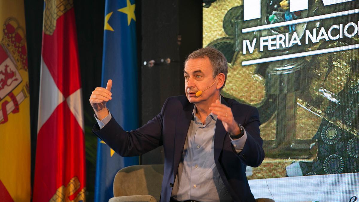 El expresidente del Gobierno, José Luis Rodríguez Zapatero, interviene en la Feria Presura en Soria.
