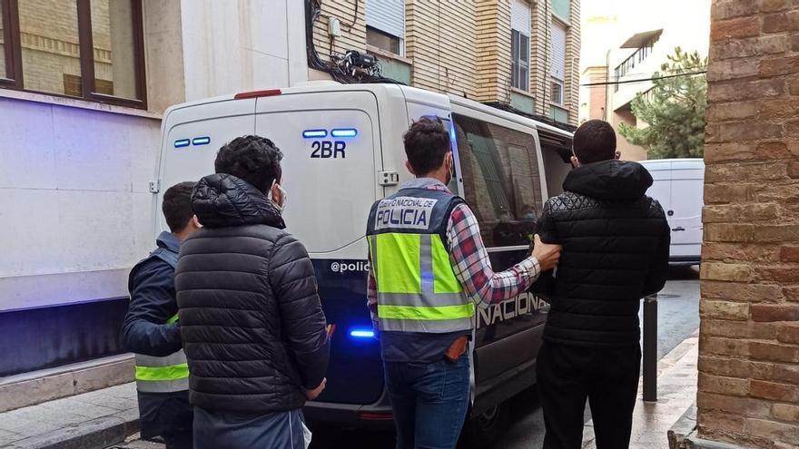 Detenidos cinco 'pateristas' que introducían inmigrantes en la Región desde Argelia