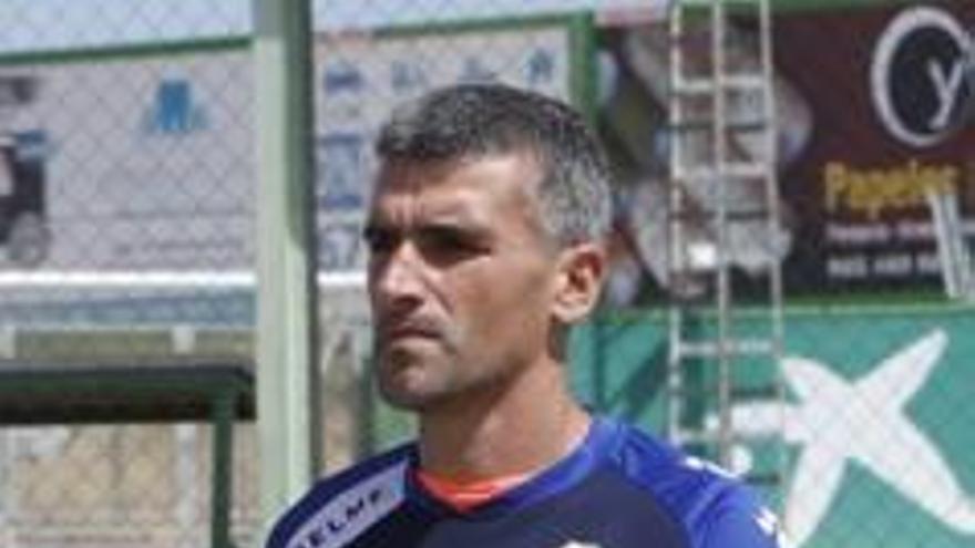 Vicente Parras se lleva hoy a 32 jugadores a la concentración de Pinatar Arena