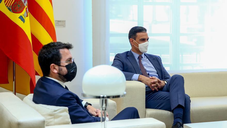 Presidencia no confirma si Sánchez estará en la mesa con Cataluña