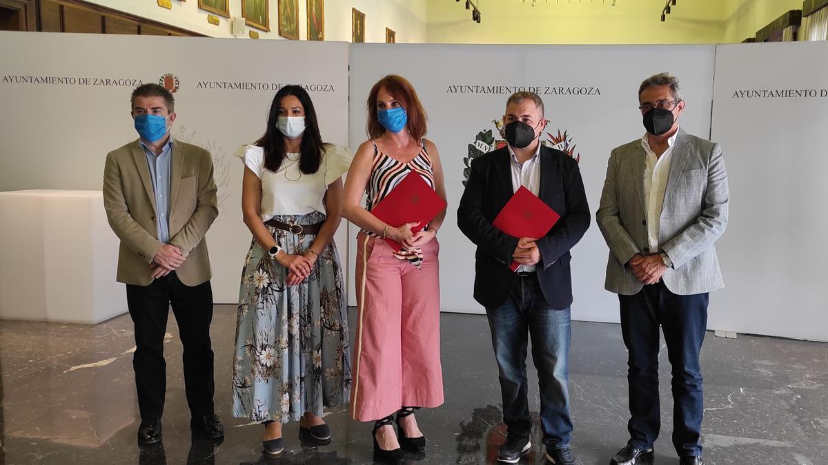 El Ayuntamiento de Zaragoza y la Asociación de Jóvenes Empresarios impulsan la ventanilla única del emprendimiento.