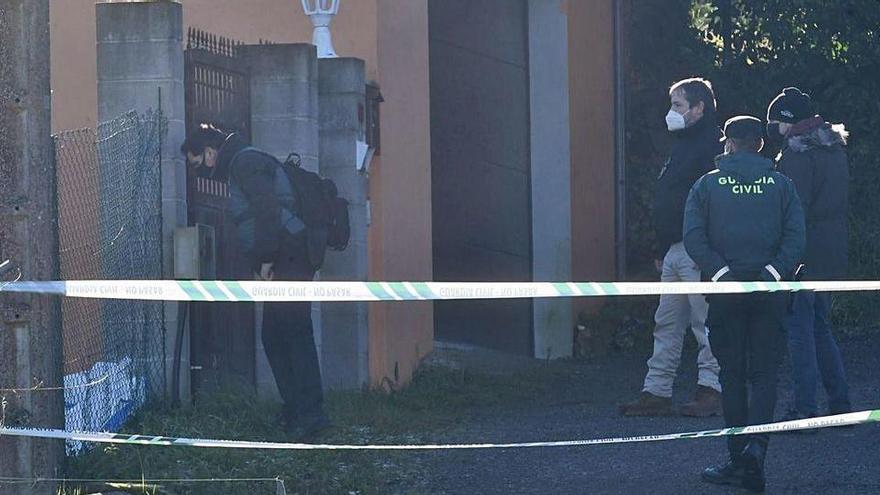 La investigación da un vuelco al confirmarse que la joven de A Coruña murió de un disparo