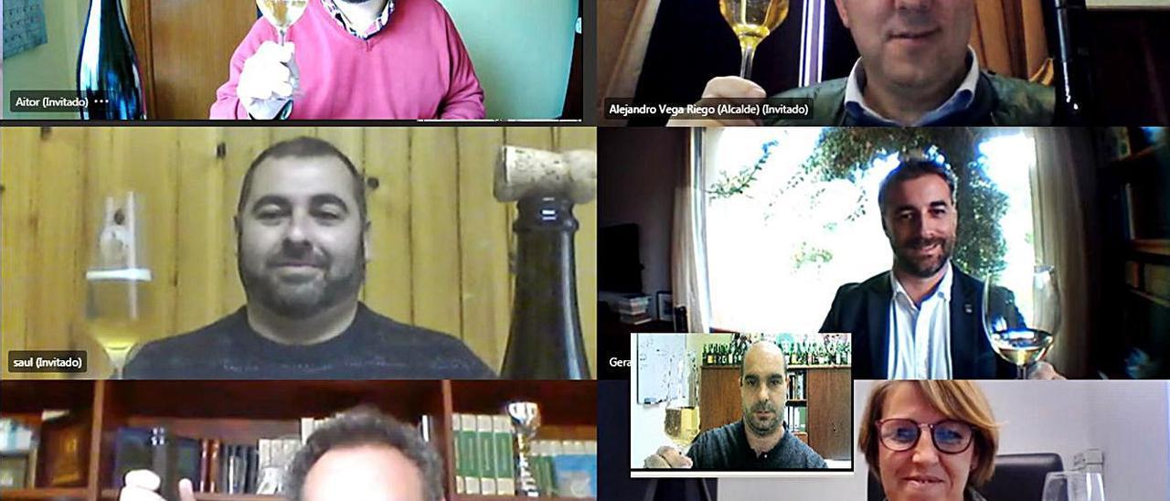 Por la izquierda, desde arriba, Aitor García, Alejandro Vega, Saúl Bastián, Gerardo Fabián, Juan Cañal y Sandra Cuesta; en el recuadro, Daniel Ruiz. | |  R. P. F.