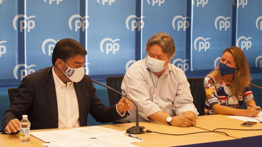 """El PPCV sigue la estela Ayuso y defiende el modelo liberal frente al """"dictatorial"""""""