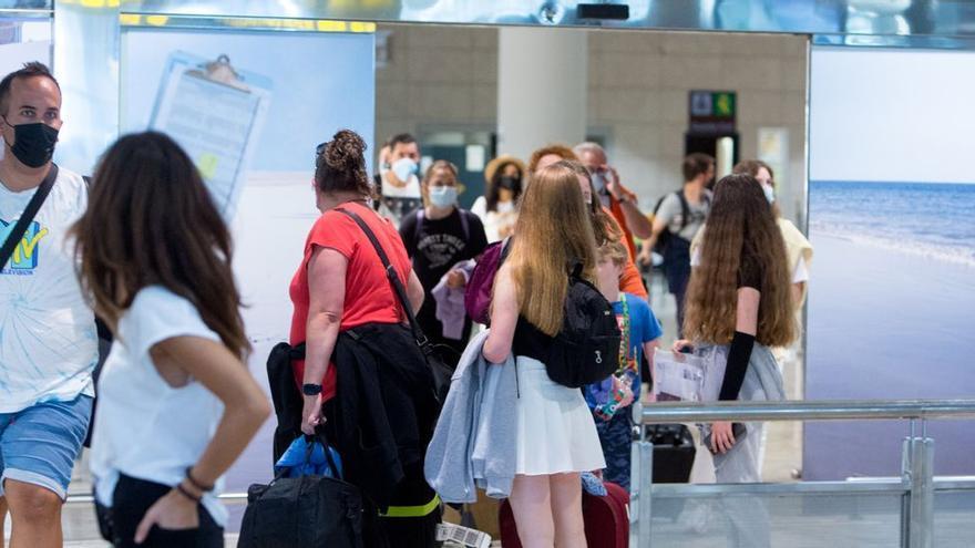 Un aeropuerto valenciano, entre los 17 más seguros del mundo en medidas anti covid
