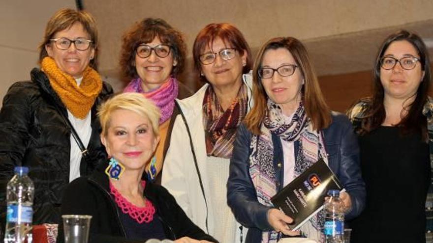 Marchante critica en Favara la explotación sexual femenina