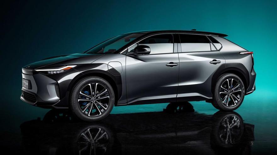 El bZ4X avanza el primer Toyota 100% eléctrico