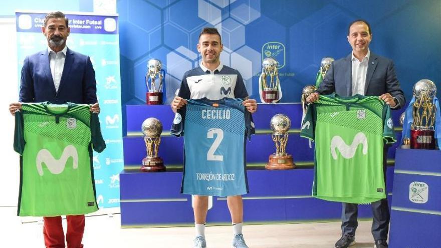 Cecilio ya luce con la camiseta del Movistar Inter