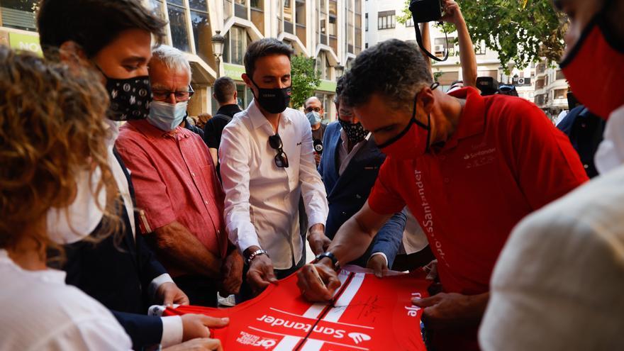 Induráin y Samuel Sánchez apadrinan la Marxa Ciutat de València