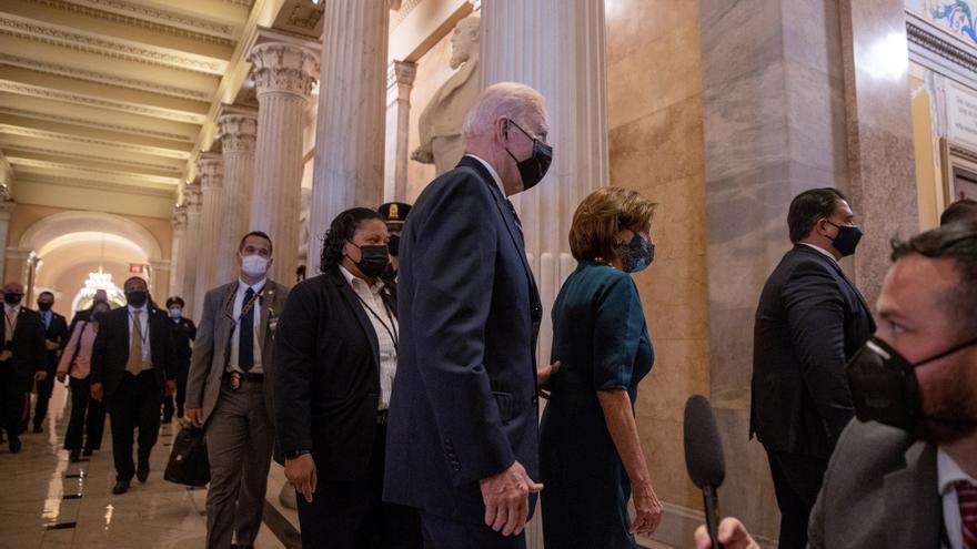 Biden enfría su plan de gasto social para unir a los demócratas