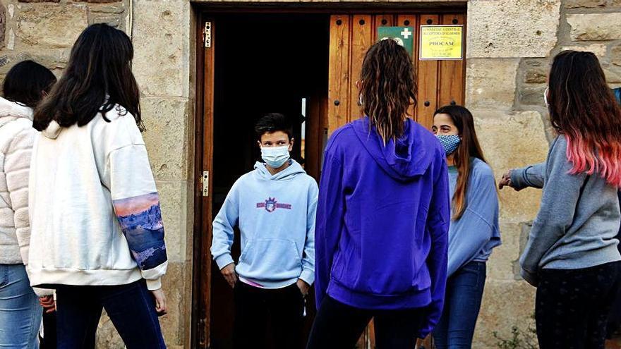 Joves de Collsuspina creen una cooperativa de serveis per als veïns