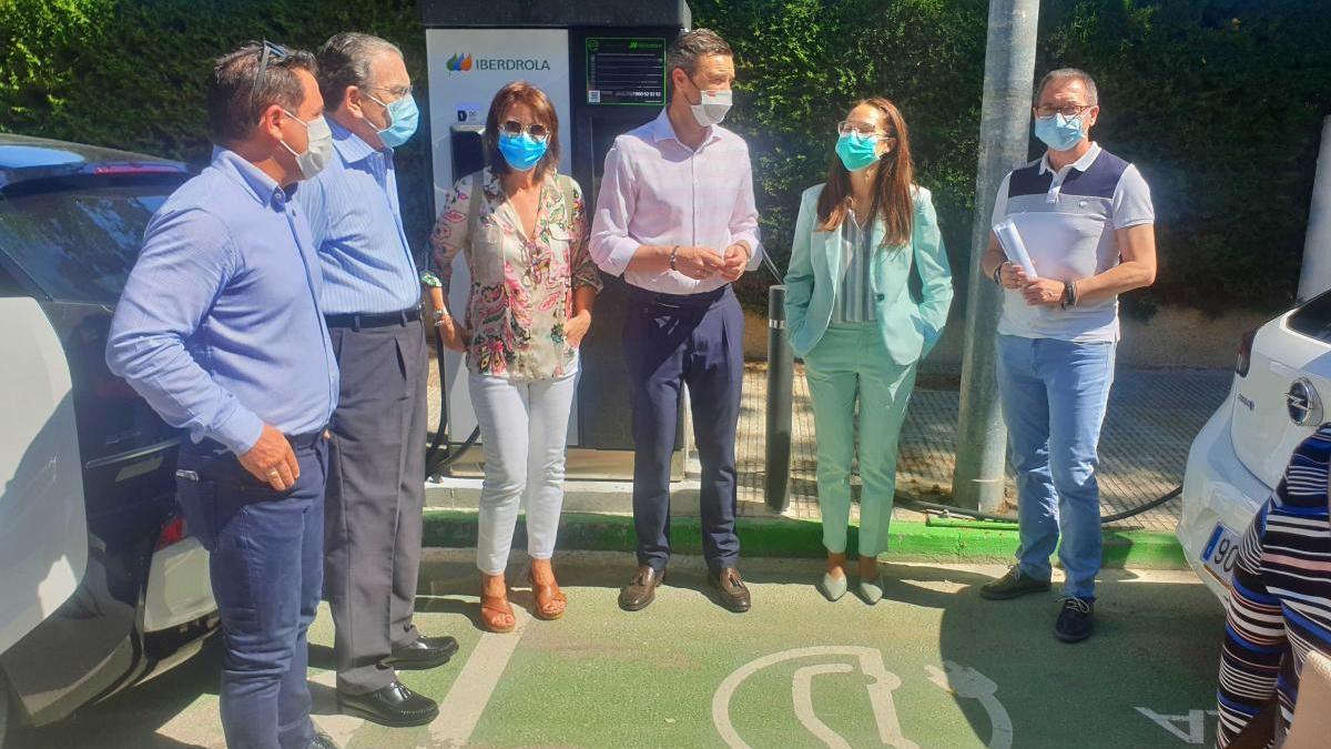 Caravaca pone en servicio las primeras estaciones de recarga rápida para vehículos eléctricos