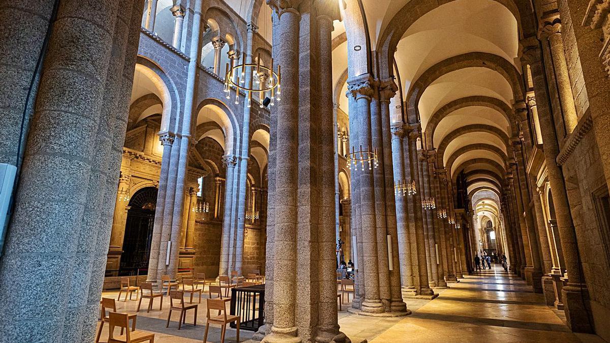 Inauguración de la nueva iluminación interior de la Catedral de Santiago.     // EUROPA PRESS