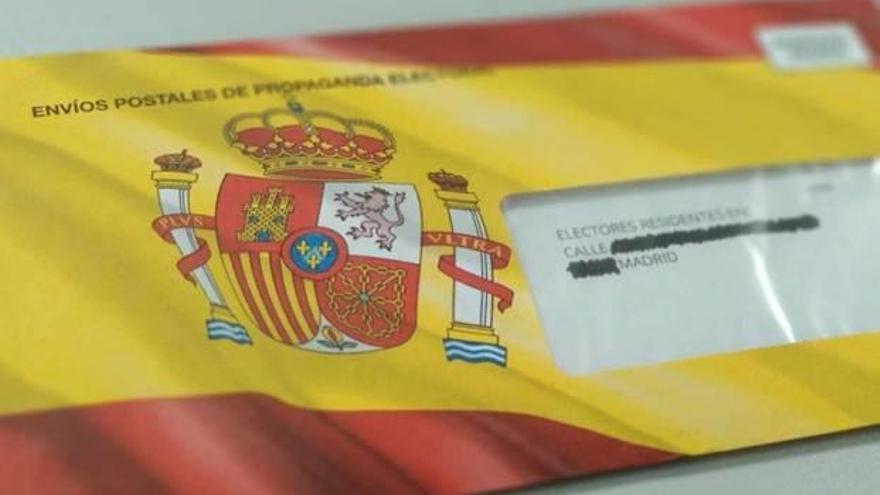 Un exedil de Carlet denuncia a Vox por usar el escudo de España en su propaganda