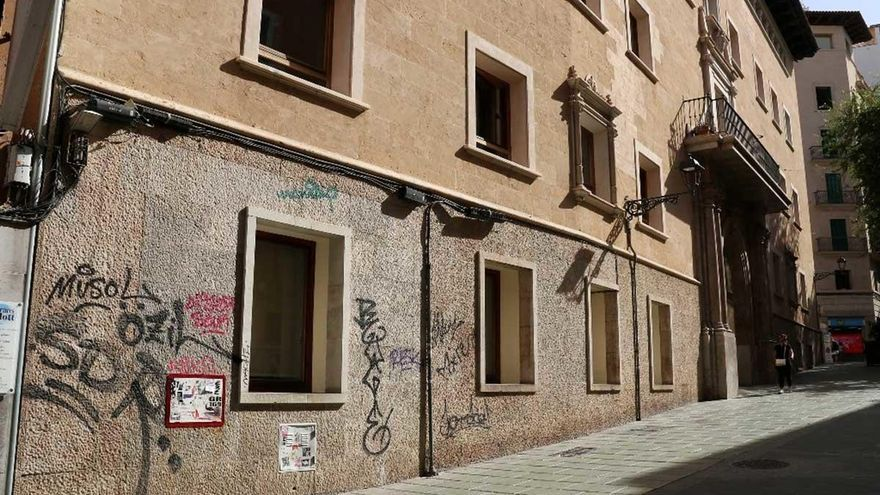ARCA exige que  se eliminen las pintadas del antiguo Hospital Militar