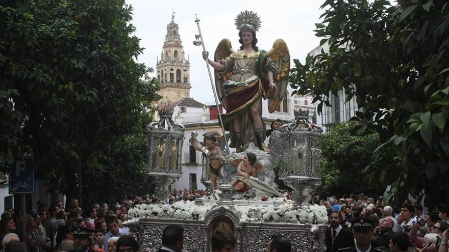 Gala a beneficio del nuevo paso para el Arcángel San Rafael