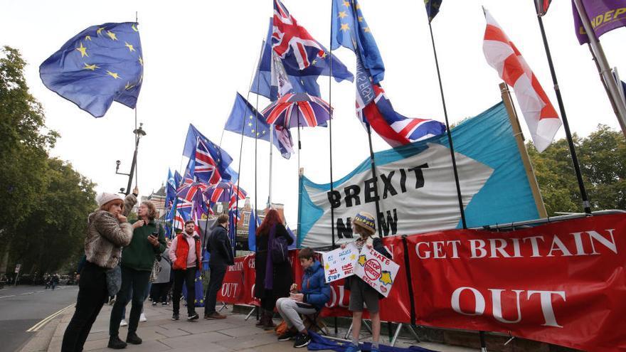 Els 27 acorden una pròrroga «flexible» del Brexit fins al 31 de gener del 2020