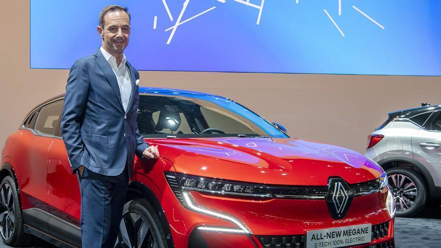 """Sebastian Guigues (Renault): """"Los híbridos y los eléctricos son geniales, pero hay que poder enchufarlos"""""""