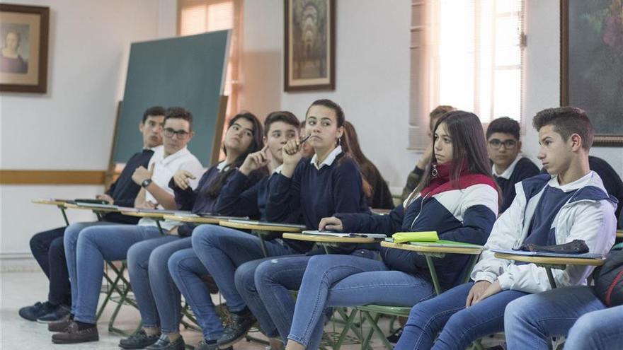 Víctimas del terrorismo recorren centros educativos extremeños