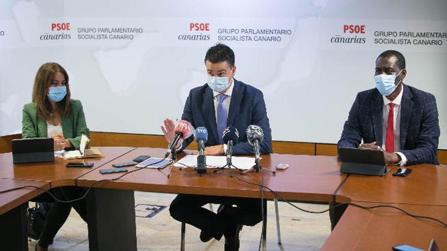 """El PSOE afirma que los PGE """"cumplen con Canarias"""""""