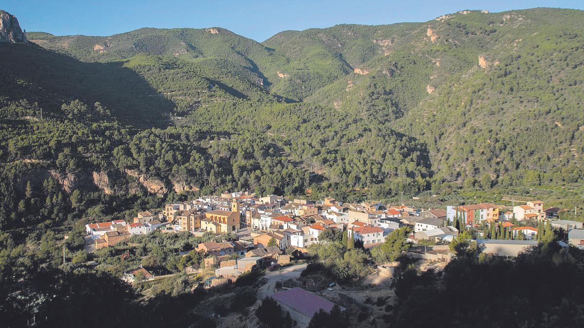Panorámica de la localidad de Torrechiva.